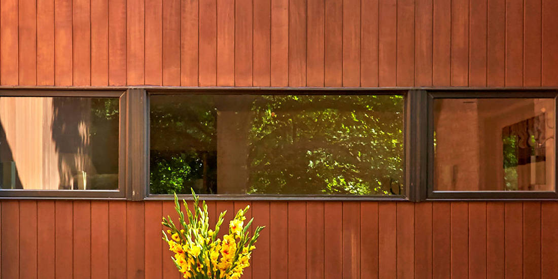 1x6 T&G Clear All Heart CAH Redwood Siding Vertical Grain CVG Factory Stained - Home in Chicago