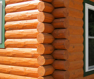 HEWN Log Siding Dove Tail Corners home