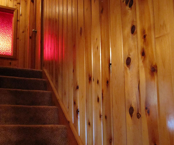 Knotty T&G Red Cedar Paneled Staircase